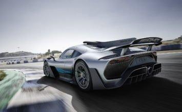 Mercedes-AMG Project One Concept: une F1 munie d'une carrosserie pour 3,6M$