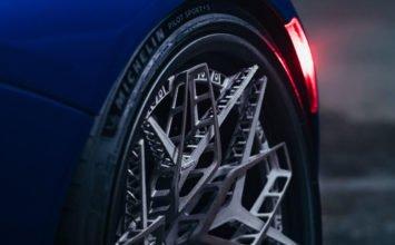 HRE Wheels imprime des jantes en titane