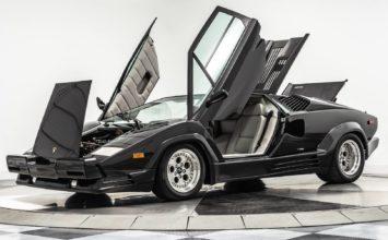 Une Lamborghini Countach 1990 25e anniversaire avec seulement 392 km