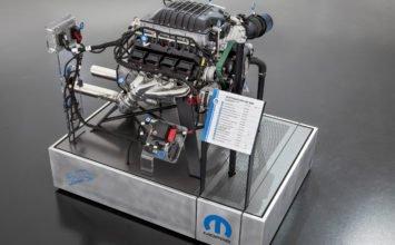 Le moteur Hemi Hellephant de 1000 hp est « back order »